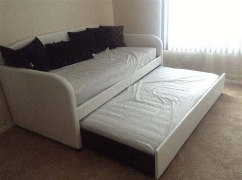 trundle sofa bed what is a trundle bed daybed with trundle
