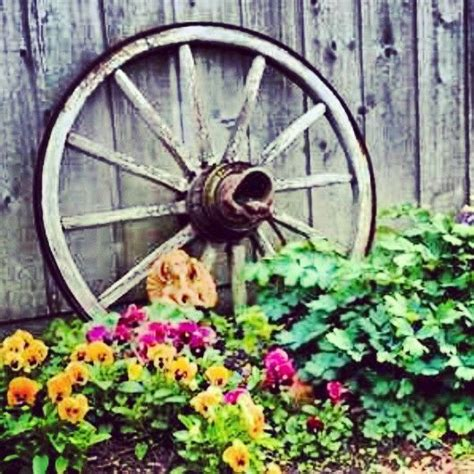 wagon wheel home decor 25 best wagon wheels ideas on pinterest wagon wheel