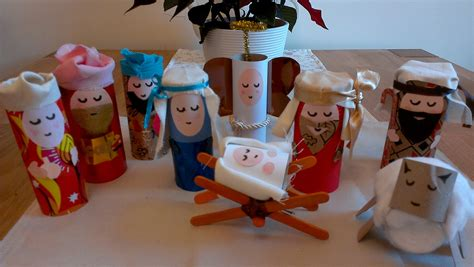 Nativity Paper Craft - the finished toilet roll nativity