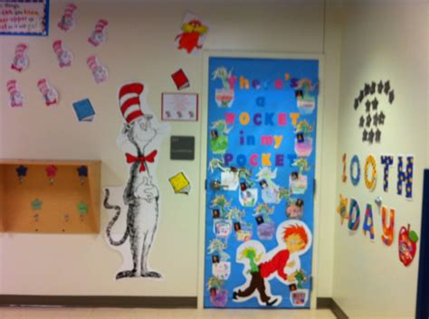 Dr Seuss Door Decorating Contest by Pin By Joan Dunn On Dr Suess