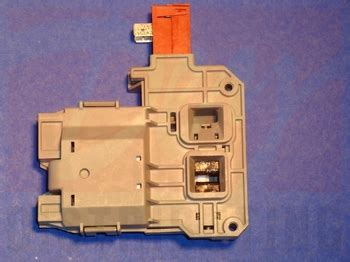 131763245 Frigidaire Door Latch And Switch Assembly For Frigidaire Front Load Washer Door Handle