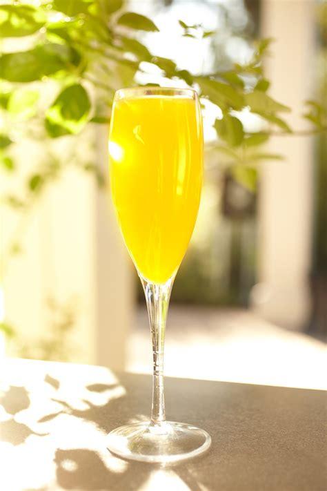 bucks fizz orange champagne cocktail recipe