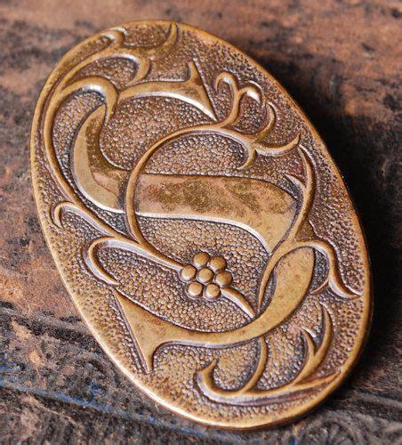 Metal Brooch vintage metal brooch badge pin letter s vintage metal