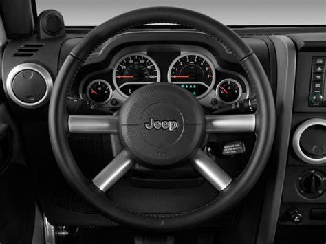 jeep steering wheel image 2010 jeep wrangler unlimited rwd 4 door sahara