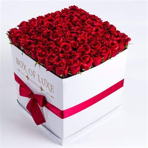 Roses Delivery by The Box Of Luxe Luxury Flower Delivery Roses In A Box