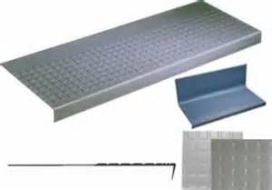 Rubber Non Slip Stair Treads by Rubber Stair Treads Non Slip One Piece Risers