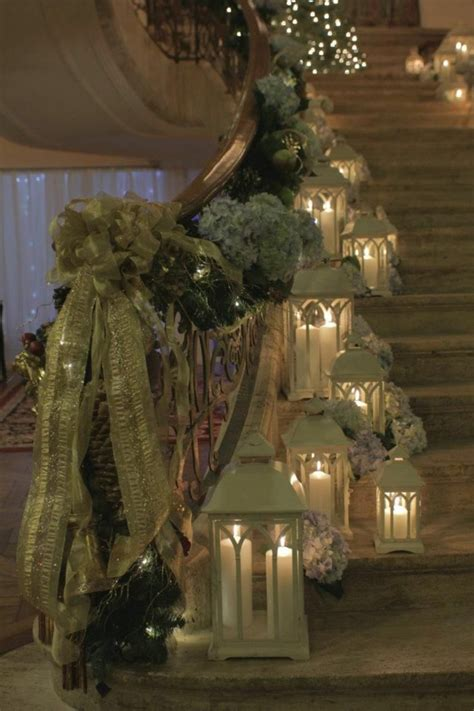 how to decorate banister simply and elegantly for christmas how to get that wedding theme chwv