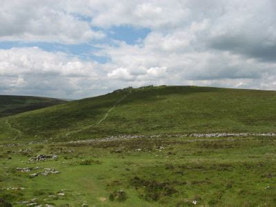 grimspound legendary dartmoor dartmoor site grimspound enclosed settlement