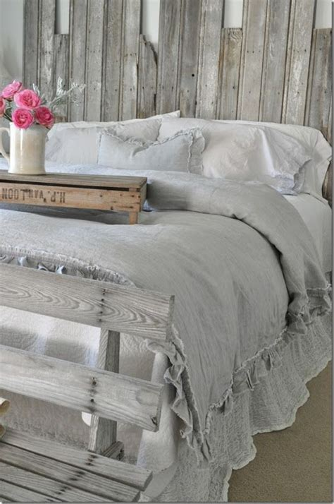 bedding blog 1000 ideas about farmhouse bedrooms on pinterest