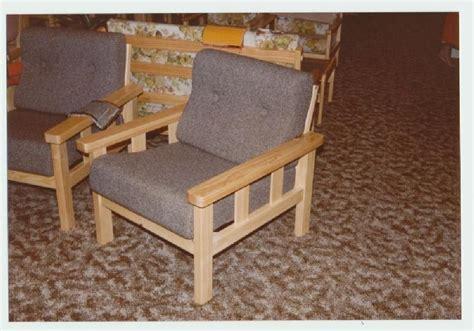 Slat Chair Plans by Slat Armchair Diy Furniture Plans Technical Puzzles