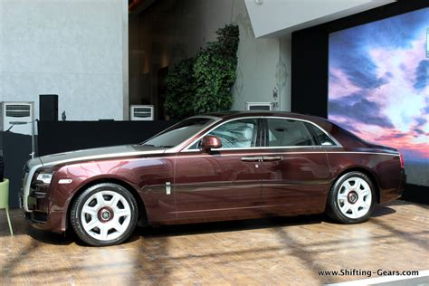 roll royce india rolls royce ghost series ii launched at rs 4 5 crore