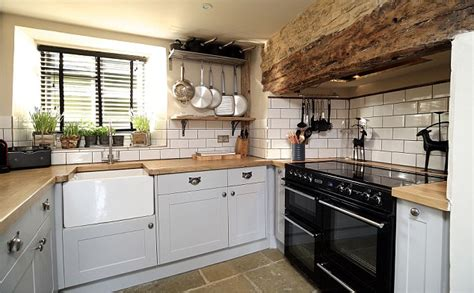country cottage kitchens uk cotswolds yarrow cottage mixes original features with