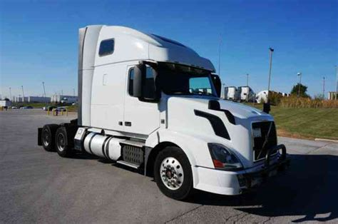 2014 volvo semi truck volvo vnl64t670 2014 sleeper semi trucks