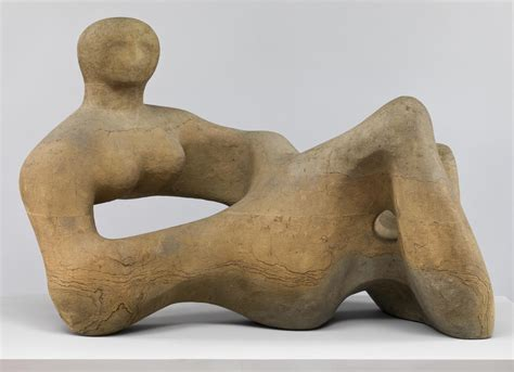 moore reclining figure recumbent figure henry moore om ch tate