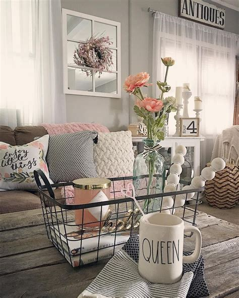 living rooms decorated best 25 shabby chic farmhouse ideas on pinterest shabby