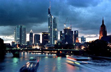 bank spanien es bleibt in der quot familie quot deutsche banken st 252 tzen
