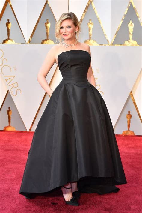 Worst Dressed Of The Day Kirsten Dunst Oscars Edition by Kirsten Dunst Oscar 2017 Carpet Arrival Oscars