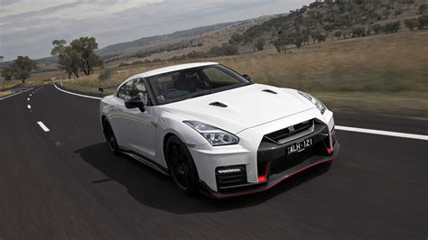 nissan car 2017 2017 nissan gt r nismo review caradvice