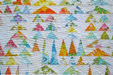 Line Machine Quilting Tutorial by Ultra Wavy Quilting Tutorial