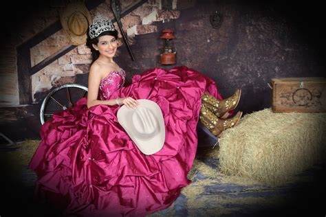 Quinceanera Photography by Quinceanera Photographers In Houston Tx Quinceanera