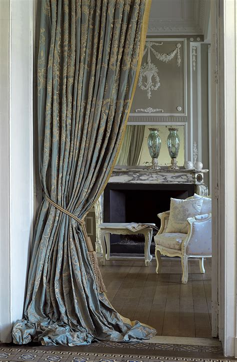 luxury draperies luxury curtains a way to make your house look luxurious