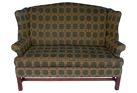johnston benchworks sofa 14 best images about colonial couches on pinterest