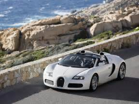 Bugatti Veyron On Road Wallpapers Bugatti Veyron