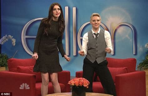 claire danes snl anne hathaway pokes fun at claire danes and katie holmes