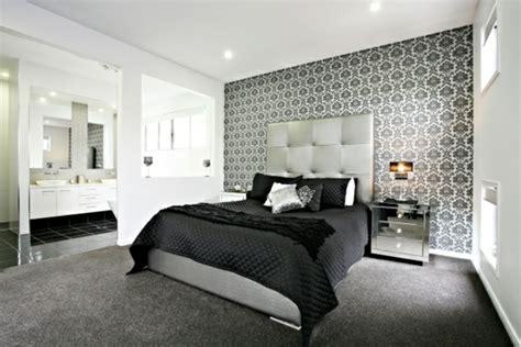 stuckleisten dachschräge schwarz idee schlafzimmer