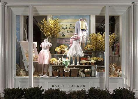 window fixtures best 25 shop windows ideas on display window window displays and shop window displays