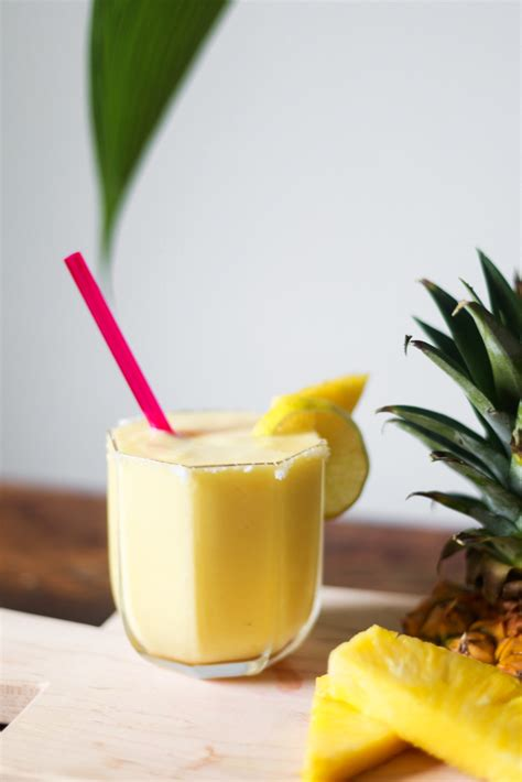 pineapple margarita a fresh pineapple margarita recipe health