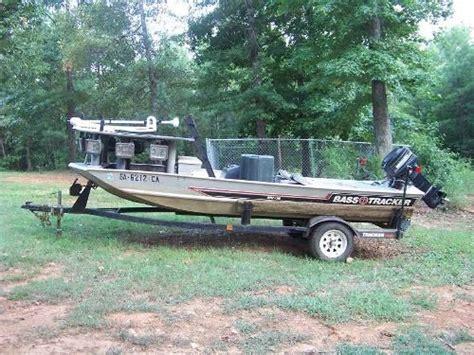 bass tracker bowfishing boat bass tracker bowfishing boats boats fishing bowfishing