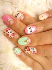 multi color nail art ideas for summer