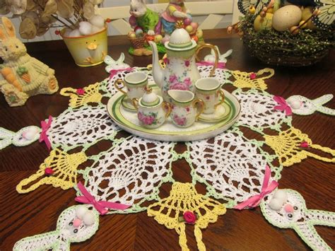 easter pattern pinterest hand crochet easter bunnys doily craft ideas pinterest