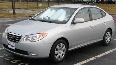 how to learn all about cars 2007 hyundai accent interior lighting 2007 hyundai elantra information and photos momentcar