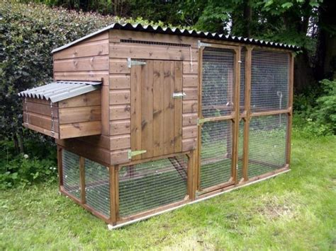 Best 25 Backyard Chicken Coops Ideas On Pinterest Diy Best Backyard Chicken Coops