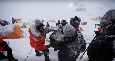rekomendasi film pendaki gunung porter rinjani behind the scene pembuatan film traveling