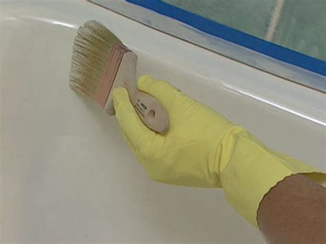 how to glaze a bathtub how to refinish a bathtub how tos diy