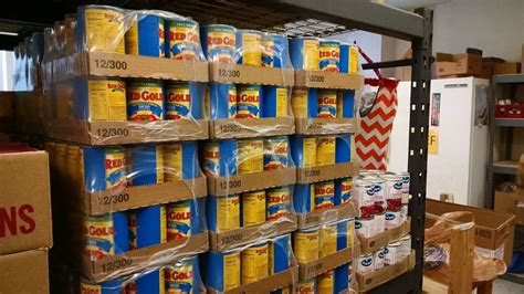 Helping Food Pantry by Decatur In Food Pantries Decatur Indiana Food Pantries