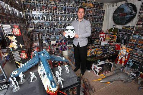 sw boat with fan biggest star wars fan in britain is still looking for more
