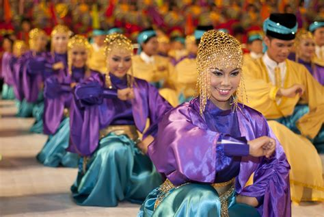 Cultural Dancers For Hire Singapore   Highlight Your Event