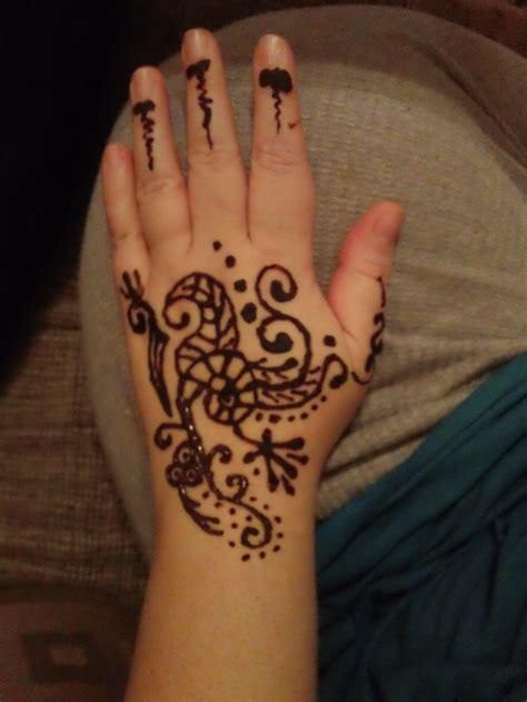 henna design little 20 creative christmas mehndi designs 2017 2018 crayon