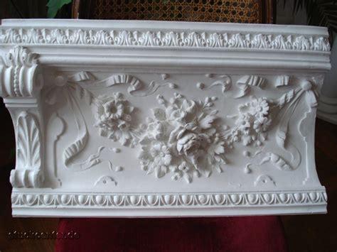 was ist ein gesims stucco stuck gesims 109 111 neo barock stuckgesimse