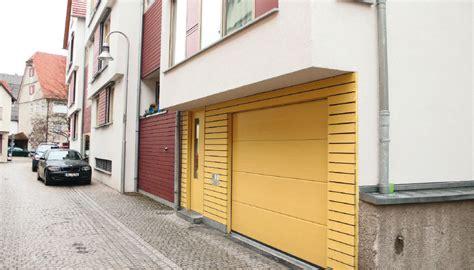 garagentor ausschwenken tiefgaragen schwingtore vielf 228 ltig und preiswert tbs