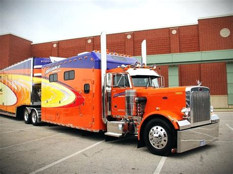 Semi Truck With Bathroom Semi Truck With Bathroom For Sale Image Gallery Peterbilt 579 Sleeper Cabover Semi Trucks For