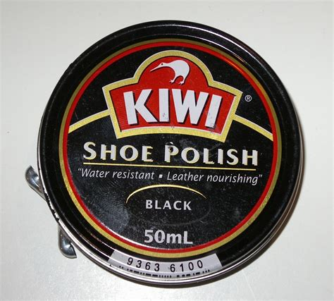 Semir Sepatu Shoe Black file kiwi black jpg