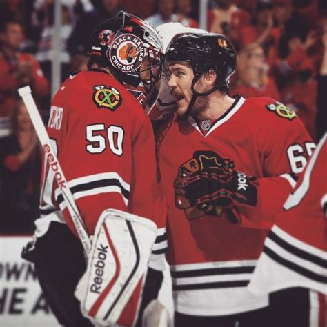 hockey player dies on bench 347 best images about chicago blackhawks on pinterest