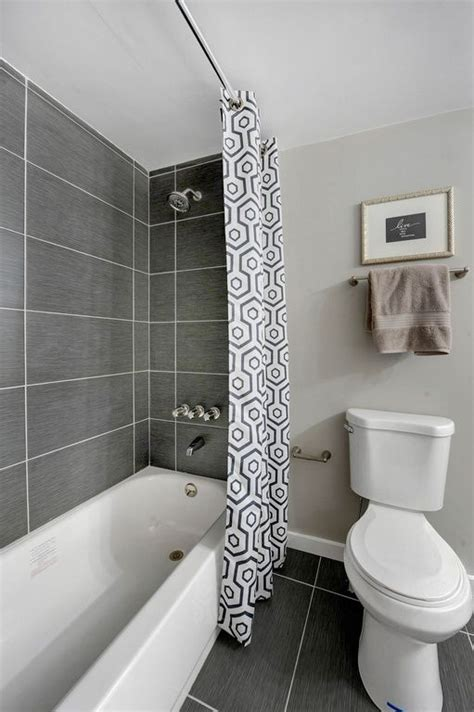 Modern Bathroom Tub Tile Best 20 Bathtub Tile Ideas On