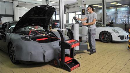 Porsche Service Centre by Porsche Centre Lebanon Porsche Middle East