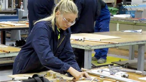 Plumbing Apprenticeship Nz greg wallace get trainee plumbers learning on the